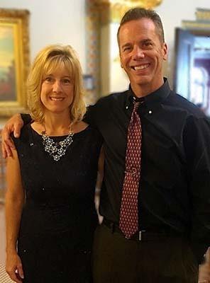 Chiropractor Oak Creek WI Daniel Hyatt and Carrie