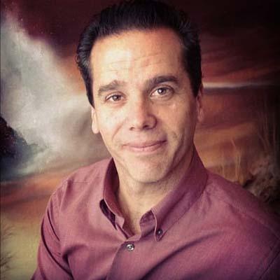 Chiropractor Oak Creek WI Daniel Hyatt
